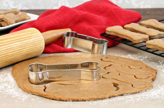 Image Une recette de biscuit simple pour chien